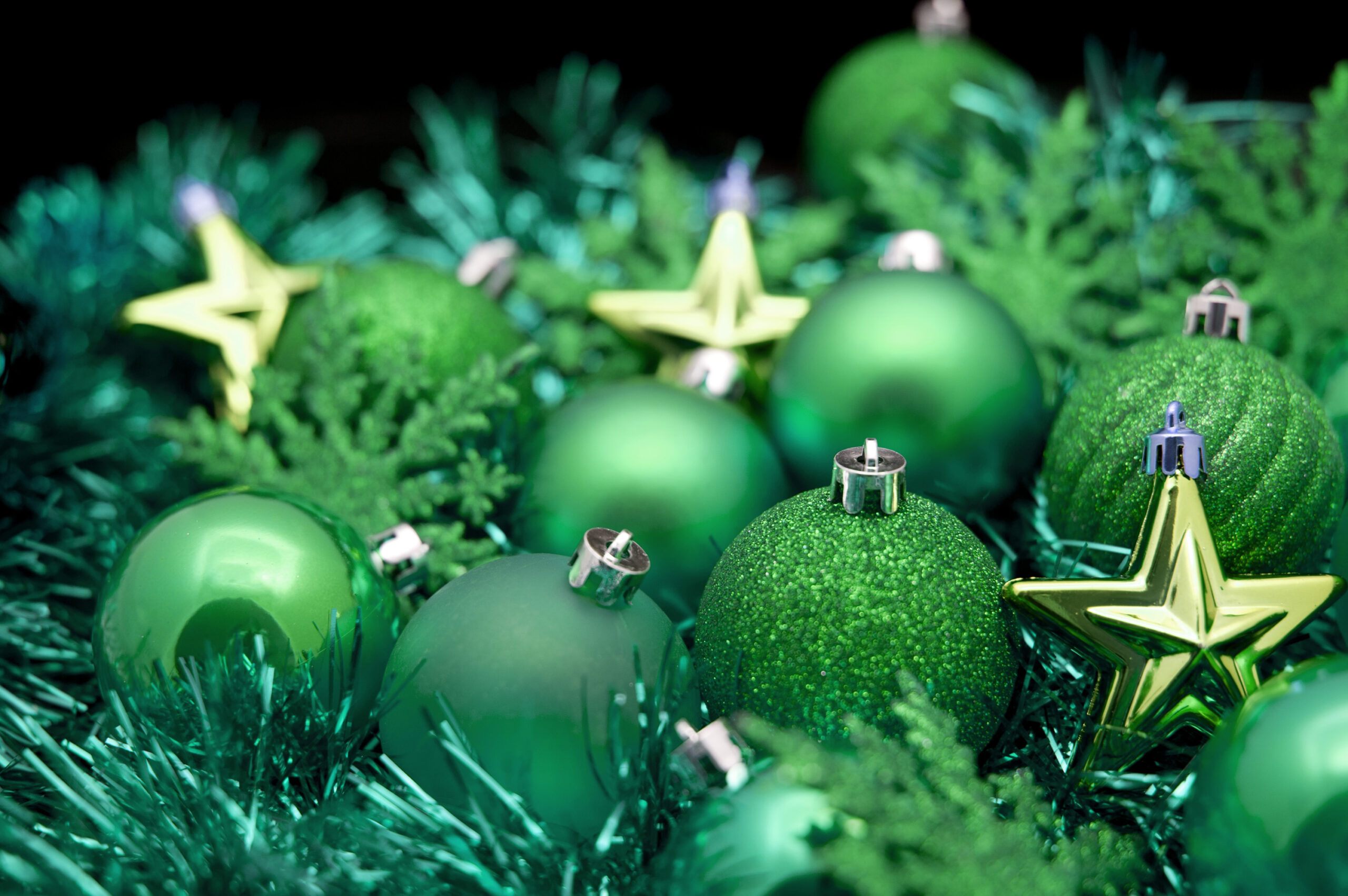 http://wallpapers9.org/wp-content/uploads/2014/12/Green-Christmas-Background-2.jpg